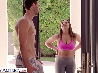 Bosomy chick with broad in the beam ass Ella Knox gives a titjob coupled with blowjob to her neighbor