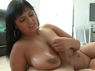 Mature brunette babe Jasmine Black gets a conceitedly cumshot on will not hear of tits