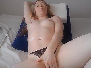 Sexy Blonde Ravishing In Her Webcam