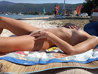 Real amateur wife uncover in public beach