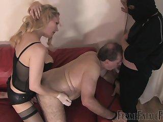 Bi-sexual couple share a locate in finished XXX porn scenes