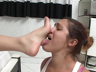 WHITE MISTRESS INDIAN SLAVE GIRL 1