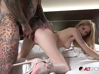 Tattooed dope-fiend fucks whorish fixture Jay Jay and cums on her ass