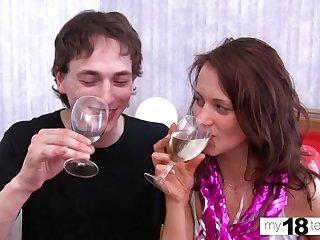 Hot Teen Sucking and Romantic Sexual relations - Secret Fuck Amateur