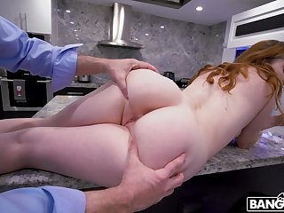 That botheration be incumbent on hers has astral curves and that cut redheaded babe loves to fuck